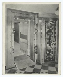 New First Class Safe Deposit Vault of the Staten Island Savings Bank -  [Information  of  Staten Island on back.]