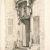 Porte d'un ancien couvent, rue Mirabeau, à Bourges.