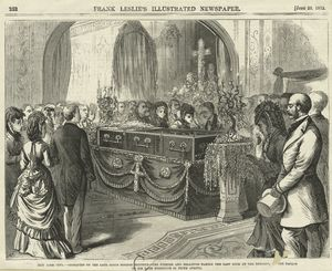 Obsequies of the late James Gordon Bennett : the friends and relatives taking the last look at the remains, in the parlor of his late residence in Fifth Avenue, from Frank Leslie's illustrated newspaper, June 29, 1872.