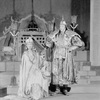 Margalo Gillmore as Kukachin and Alfred Lunt as Marco Polo.