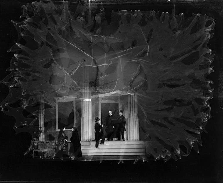"Scene from ""Mourning becomes Electra"" (Guild Theatre, 1931)"