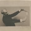 Flambant le vernis [Félix Buhot smoking an etching plate].