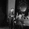 Edward G. Robinson as Ponza and Beryl Mercer as Signora Frola.