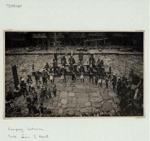 Maluaya. Kampang Lahoesa. Photo from J. Kunst.
