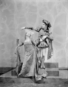 "Charles Weidman and Eugenia Liczbinska in music-dance-drama ""Music of the troubadours"" (Neighborhood Playhouse Production, New York, 1931)"