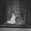John Barrymore as Richard III (seated on throne)