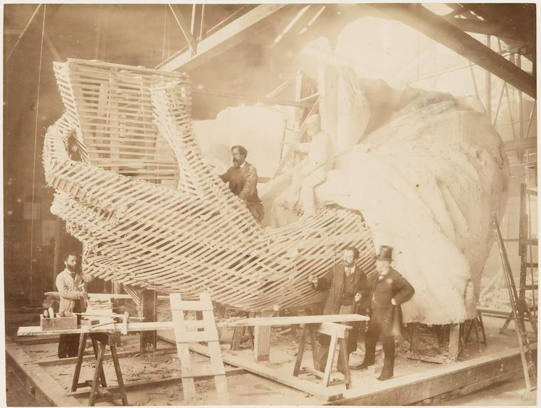 [Construction of the skeleton and plaster surface of the left arm and hand of the Statue of Liberty.]