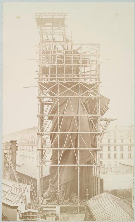 [Assemblage of the Statue of Liberty in Paris.]