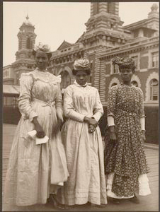 [Three women from Guadeloupe.]