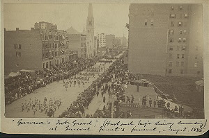 """""""Governor's Foot Guard"""" (Hartford Major [...] commanding) at General Grant's funeral, Aug. 8, 1885."""