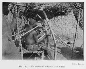 Un tisserand indigène (Bas Chari).