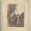 Suffragettes in the streets of Amsterdam. IWSA Conference 1908, Amsterdam.