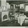 Oldenzaal, Huize't Kruisselt. [Palthe family home, view of the dining room.]