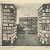 Vue intérieure de la librairie Wasmuth, à Berlin.