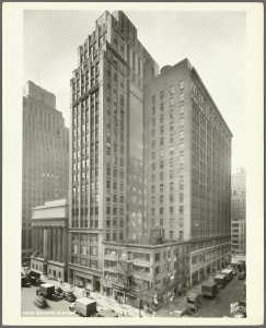 989 Sixth Avenue - West 37th Street