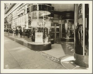 Broadway (West 44th Street - West 45th Street)
