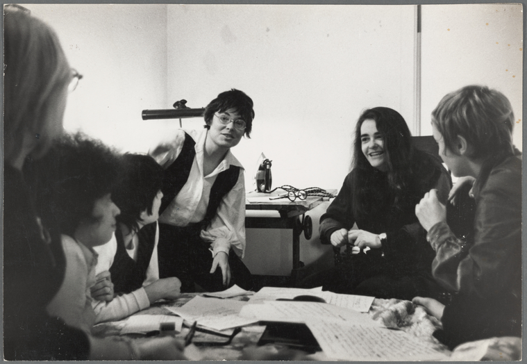 Lesbian and women's liberation supporters sign statement on behalf of Kate Millett in her battle with Time Magazine