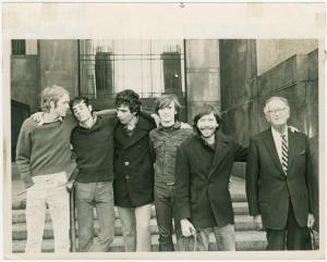 """""""Rockefeller Five"""" pose with their attorney in front of Manhattan Criminal Court building, 1970 Sep 29"""