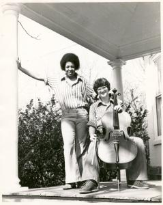 [Germantown couple with cello #1] / Kay Tobin Lahusen
