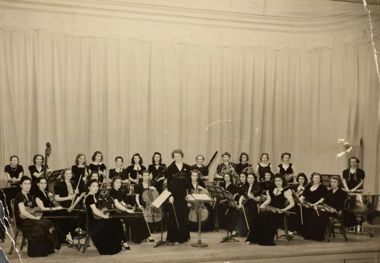 Orchestrette Classique Digital ID: 1614252. New York Public Library
