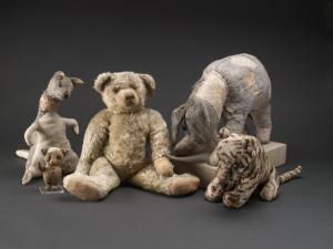 Piglet, Kanga, Winnie-the-Pooh... Digital ID: 1628602. New York Public Library
