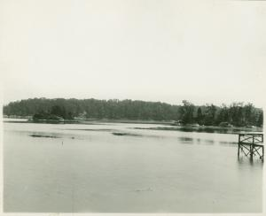 [Unkown body of water in Darien, Ct]
