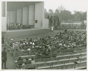 American Common - Crowd at band shell