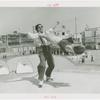 Amusements - Dance - Roller skaters