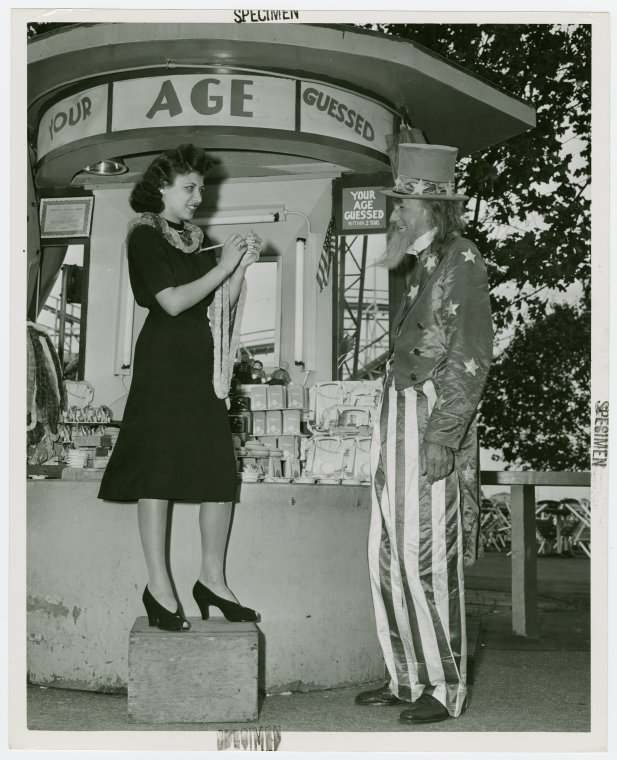 Amusements - Midway Activities - Uncle Sam - With girl at Your Age Guessed