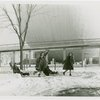 Fairgrounds - Visitors - Women in snow in front of Perisphere