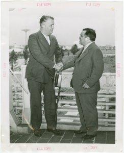 Michigan Participation - Harry Kelly and Fiorello LaGuardia shaking hands