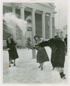 New York World's Fair - Employees - Females - Snow Battle - Women in front of Ohio Building