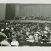 Roosevelt (Franklin Delano and family) - Eleanor Roosevelt giving speech to crowd