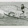 Sports - Waterskiing - Woman on water-skis