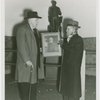 Veterans - Civil War - Veterans in front of statue with picture of General Lee