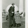 Robert Wadlow (world's tallest man)