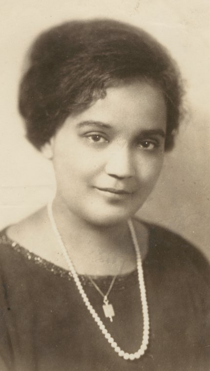 Portrait of Jessie Redmon Fauset