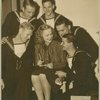 Gloria Stuart surrounded by service men
