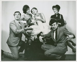 [Jack Durant (Ludlow Lowell), Elaine Dunn (Gladys Bump), Viveca Lindfors (Vera Simpson), Rita Gardner (Linda English), Kay Medford (Melba Snyder) and Bob Fosse (Joey Evans) in the 1963 revival of Pal Joey]