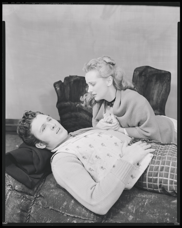 [John Raitt (Billy Bigelow) and Jan Clayton (Julie Jordan) in Carousel]