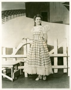 [Joan Roberts (Laurey) in Oklahoma!]