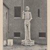 Die Roland=statue vor dem neuen Märtischen Museum in Berlin.