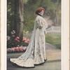 Mme Jane Hading. Toilette créée par Redfern pour les représentations de Serge Panine au Théâtre de la Gaîté.