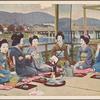 Geisha with their maiko (apprentices).