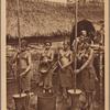 Annam -- Scene de la vie indigène: décorticage du riz par les femmes dans un village Mois