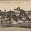 Saigon.  L'Hôtel des Postes et Télégraphes et statue de l'Evêque d'Adran.
