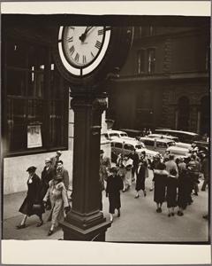 Tempo of the City: I. Fifth Av... Digital ID: 482743. New York Public Library