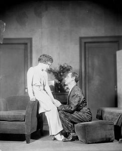 Tullio Carminati as Count Di Ruvo and Muriel Kirkland as Isabelle Parry.