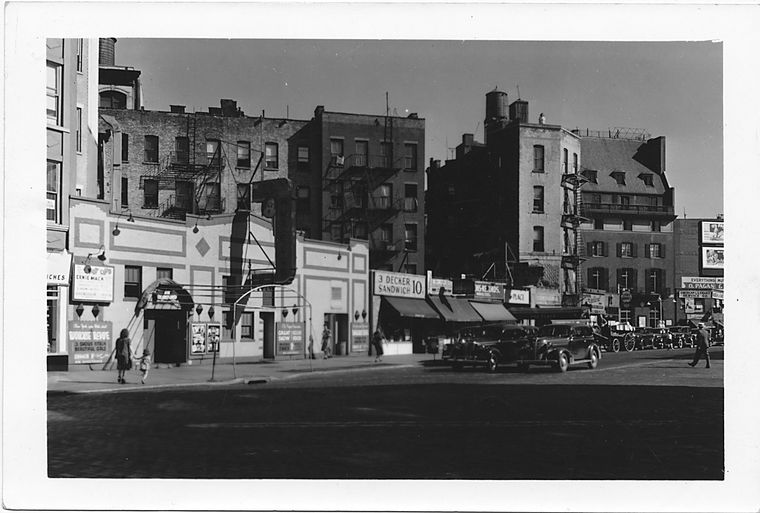 7th Avenue at Grove Street, Southeast side to North, Manhattan