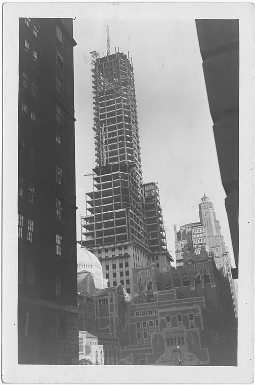 Lexington at 51st Street and Park Avenue,  to , Manhattan